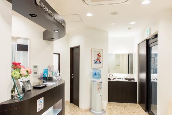 院内には空気清浄機があり、歯科医院独特の臭いが抑えられています。